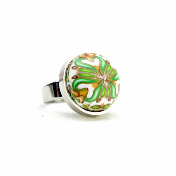 Anillo, artesanal, artesanía, millefiori, caleidoscopio, colores, verde, hierba