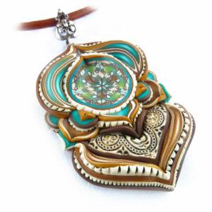 Collar colgante arcilla polimérica millefiori artesanía handmade hippie boho chic rosa piedra luna azul añil