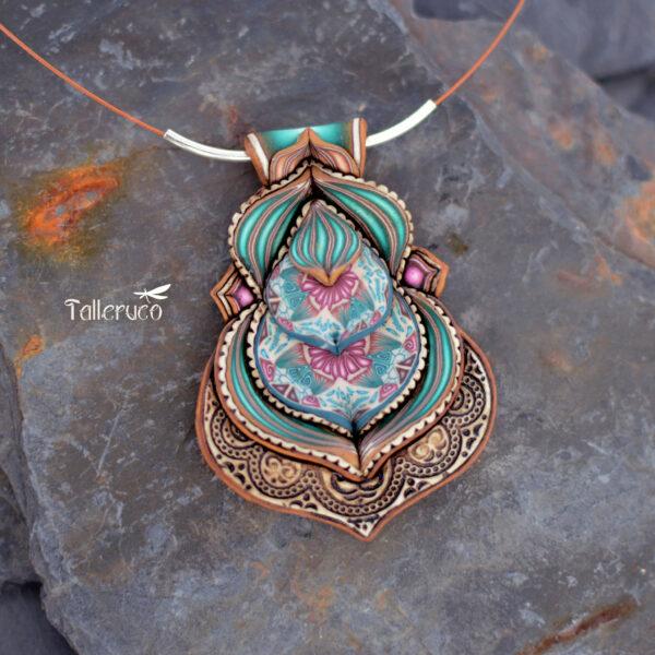 Collar colgante medallón necklace artesano artesanía handmade arte millefiori arcilla polimérica joyas encantadas