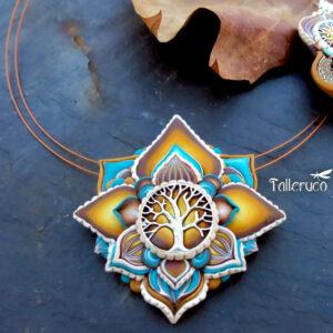 Collar colgante medallón necklace artesano artesanía handmade arte semipreciosa plata árbol de la vida flor de loto amarillo