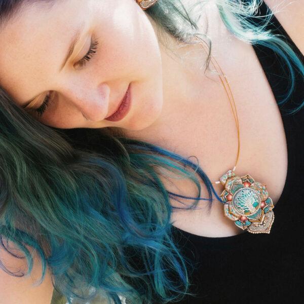 Collar colgante medallón necklace artesano artesanía handmade arte semipreciosa plata árbol de la vida verde modelo