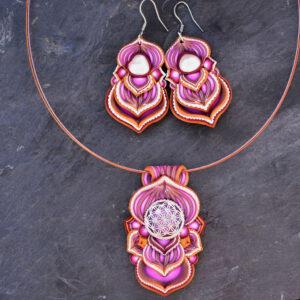 Collar colgante medallón necklace artesano artesanía handmade arte semipreciosa plata flor de la vida conjunto rosa