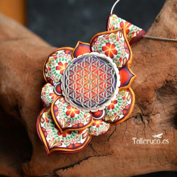 Collar colgante medallón necklace artesano artesanía handmade arte semipreciosa plata flor de la vida grande flores rojo modelo