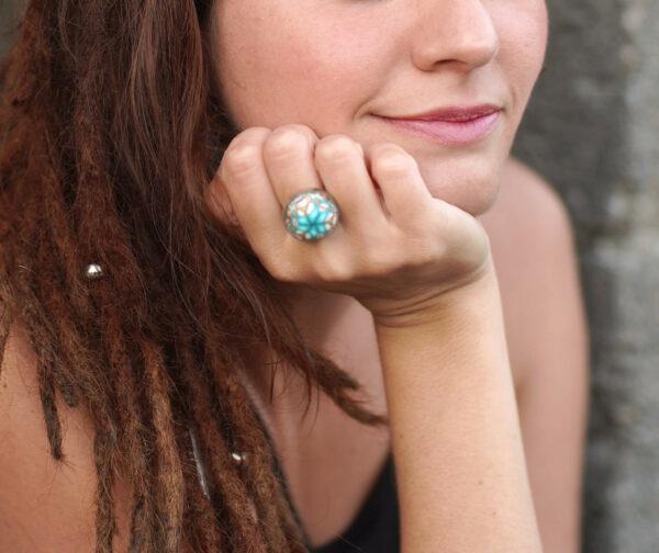 anillo artesanal arcilla polimérica acero ajustablre regulable millefiori calidoscopio modelo