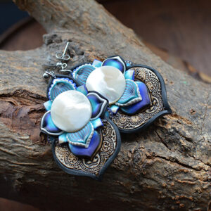 pendiene artesanal artesanía original única semipreciosa boho hippie rastawoman nácar blanco concha marina mar azul
