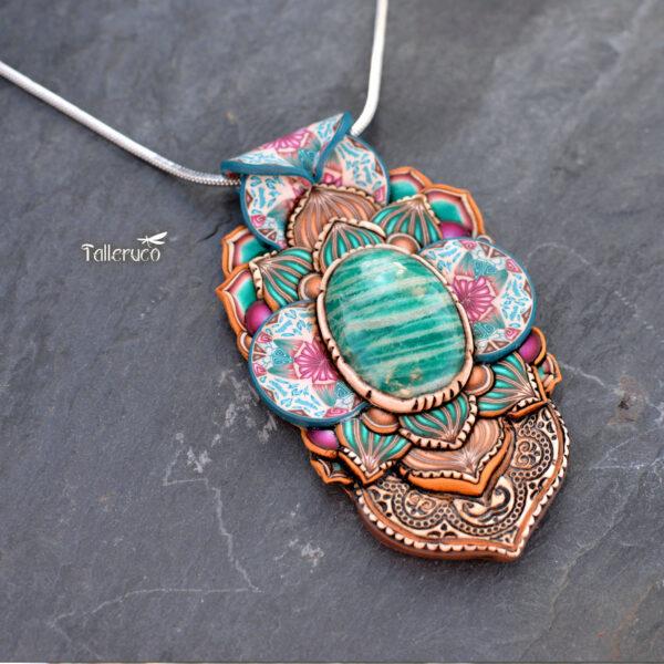 semipreciosa, lapislázuli, azul elegante joyería creativa, collar colgante medallón artesanía artesanala artesano handmade amazonita grande